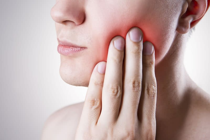 dental patient in need of wisdom tooth extraction