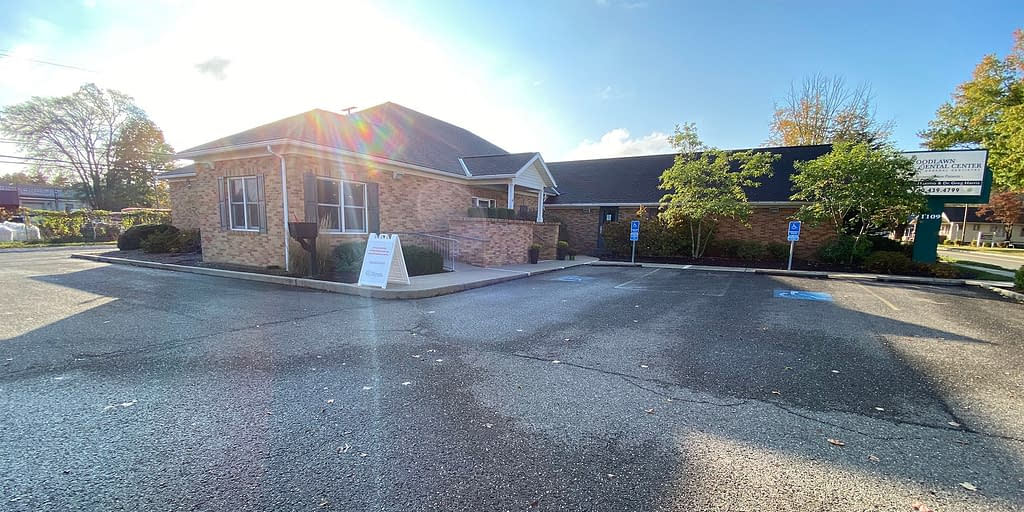 Woodlawn Dental Center in Cambridge, OH